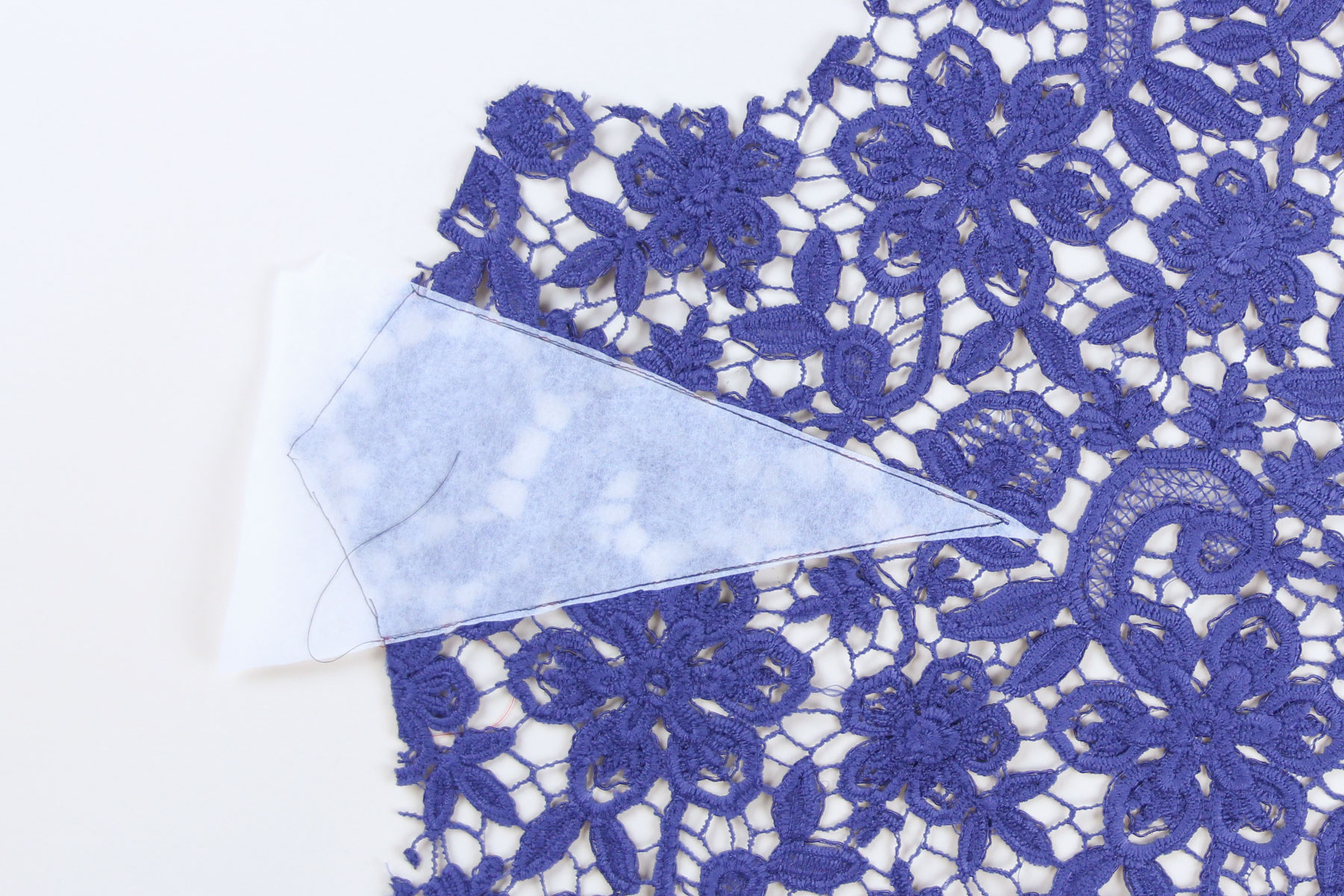 the latest a8f66 8606f Guipure Lace: Tips and Tricks for Sewing - Montrose Sewalong ...
