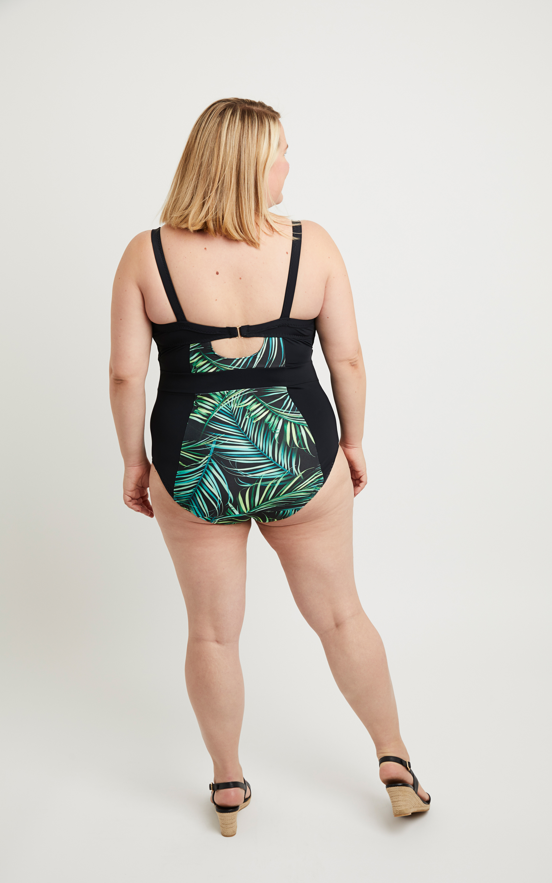 Cashmerette Ipswich swimsuit sewing pattern