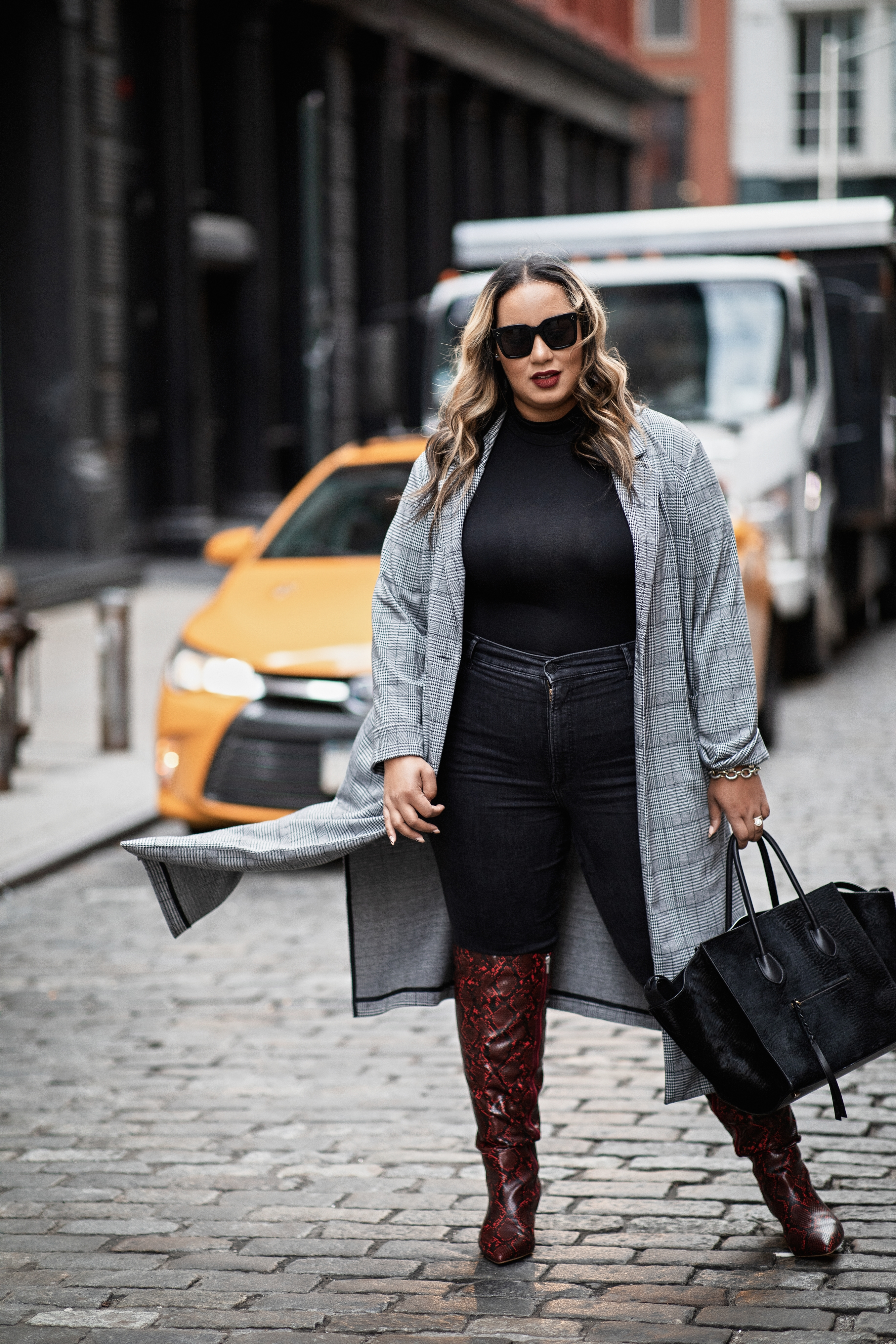 fall fashion trends for curves: long coats